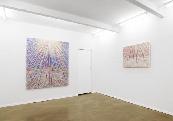 """Ausstellungsansicht Manfred Peckl """"Morgen geht die Sonne unter"""", Galerie Kai Erdmann 2016."""