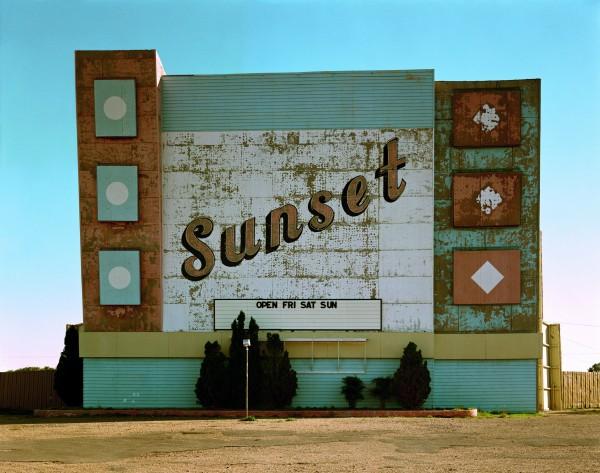 10._west_ninth_avenue_amarillo_texas_2_de_octubre_de_1974._de_la_serie_uncommon_places