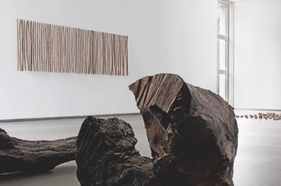 herman de vries, Ausstellungsansicht Ernst Barlach Haus, Hamburg, 2016 © herman de vries, Foto: Andreas Weiss.