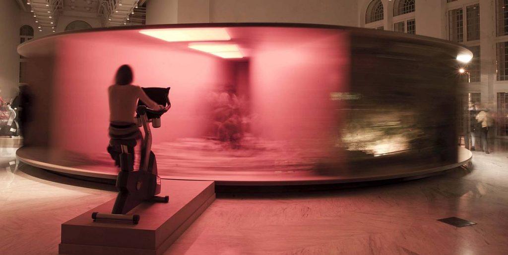 Fyodor's Performance Carousel © Guta Galli.