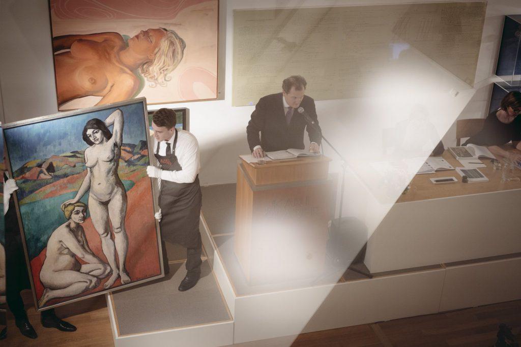 Der geschäftsführender Gesellschafter Dr. Rupert Keim bei einer Auktion © Myrzik & Jarisch.