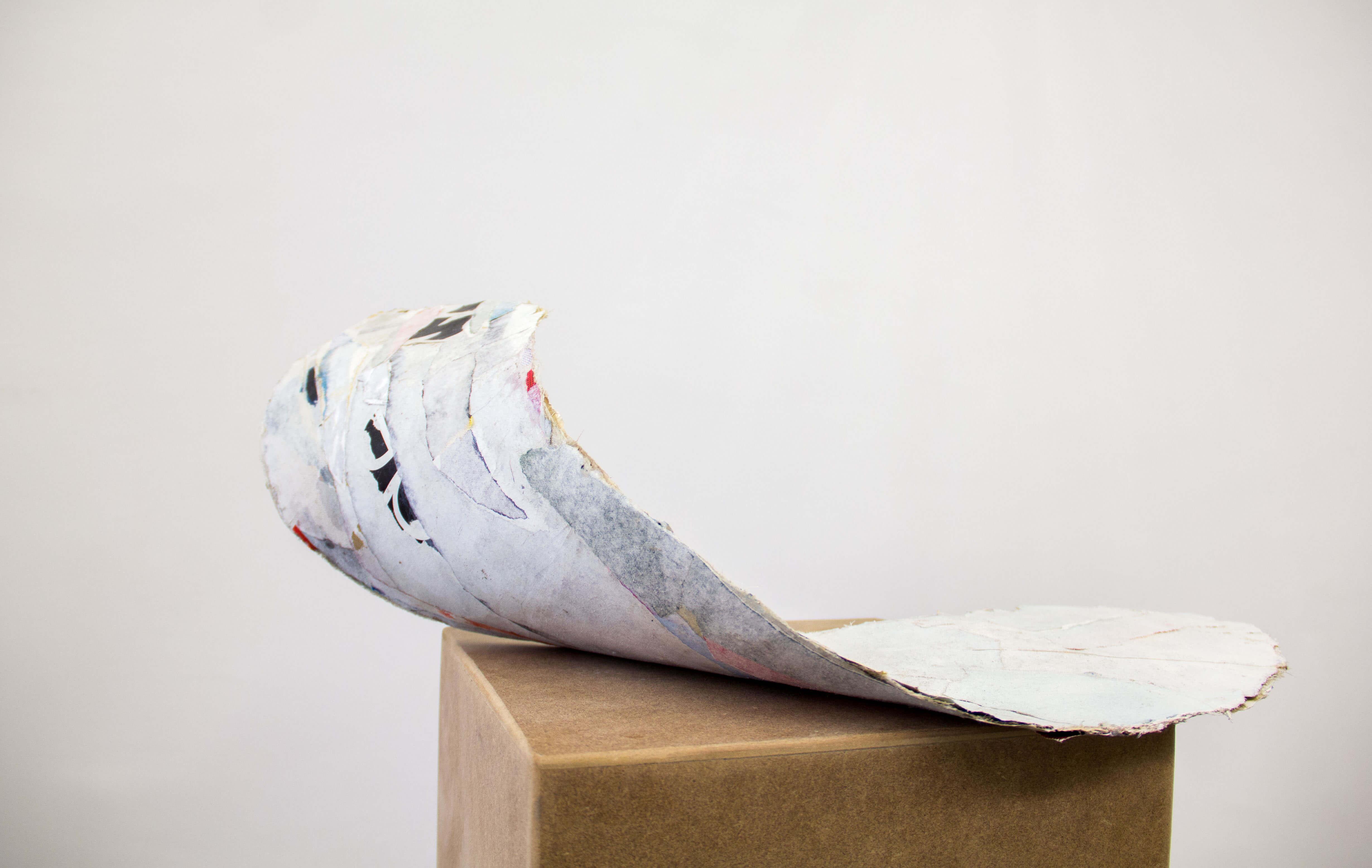 Josef Bauer | ohne Titel | 2014 | Plakatabrisse, Polyester, Lack | 43 x 57 x 20,2 cm © unttld contemporary.