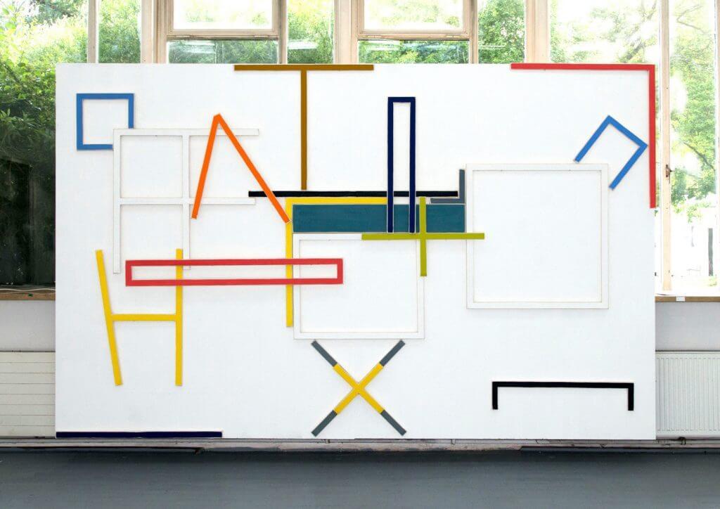 Marco Stanke, Analphabet, 20 Leinwandobjekte, Anordnung zur Jahresausstellung, AdBK Nürnberg, 2016, Foto: Johannes Kersting