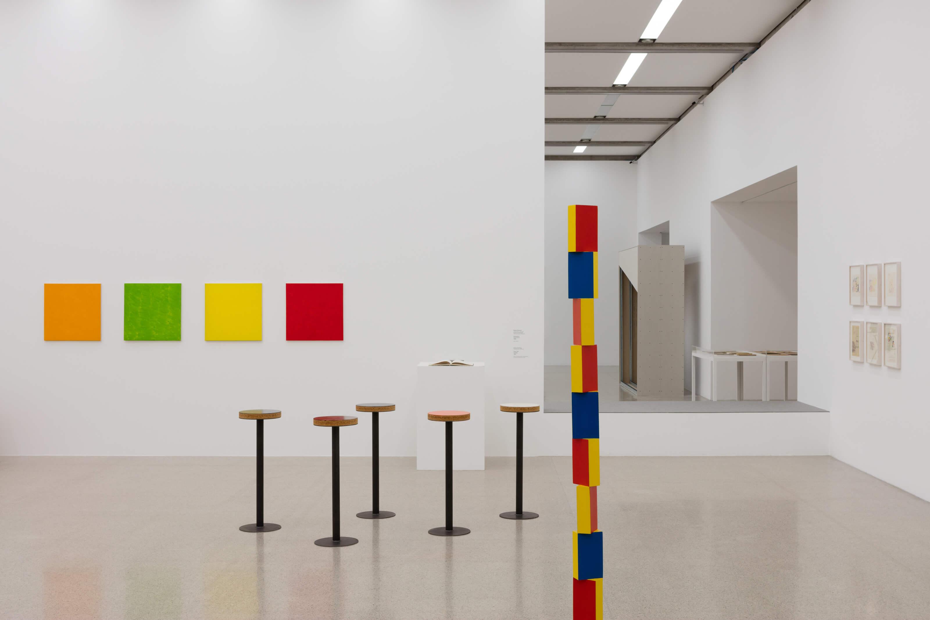 Ausstellungsansicht / exhibition view Konstruktion_Reflexion. Werke aus der Sammlung Gertraud und Dieter Bogner, mumok Wien, 25.11.2016 –17.4.2017 Photo: mumok / Stephan Wyckoff.