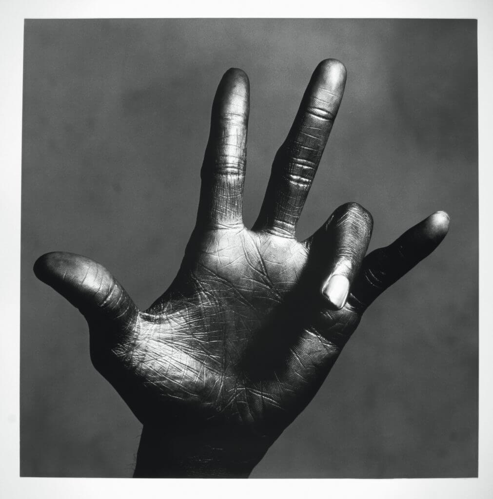 Irving Penn, The Hand of Miles Davis, New York, 1949 – 1950 © The Irving Penn Foundation.