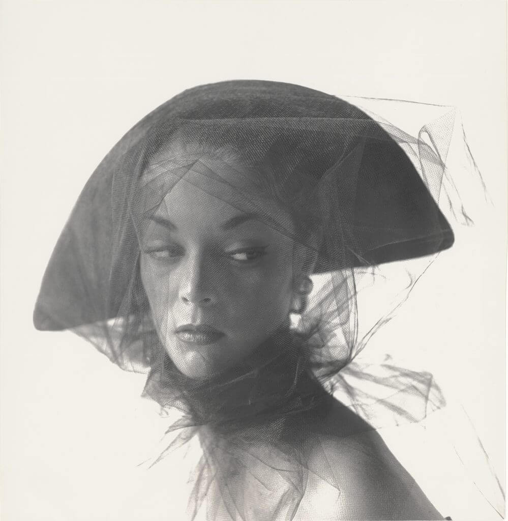 Irving Penn, Girl in veiled hat (Jean Patchett), New York, 1949 © The Irving Penn Foundation.