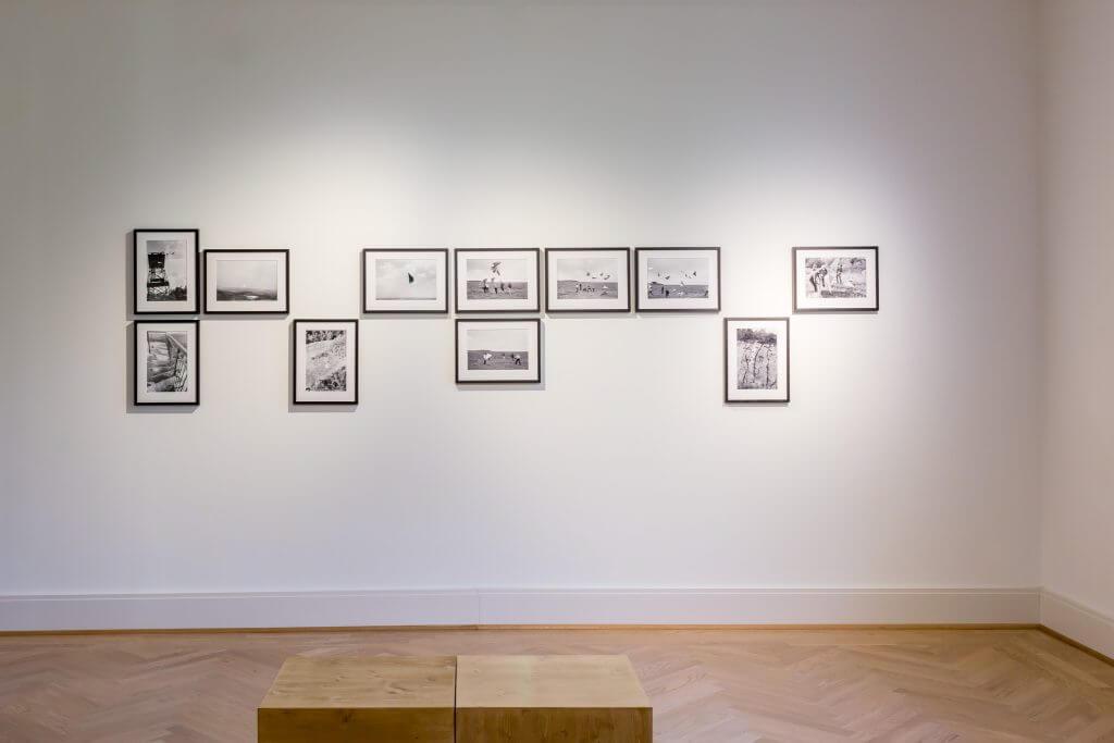 Ralf-Rainer Wasse: Tripel-Spiegel, 1986, Installationsansicht, Foto: Frank Sperling.