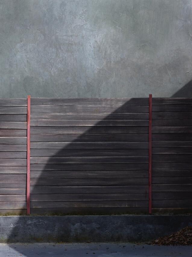"""Oliver Boberg: """"Schatten 5"""" (Bretterwand), 2016 © Oliver Boberg"""