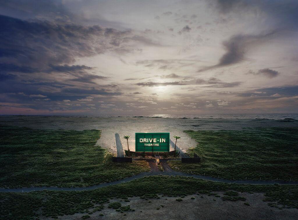 "Thomas Wrede, aus: Real Landscapes, ""Drive-in Theatre"", 2009 © VG Bild-Kunst, Bonn 2017"