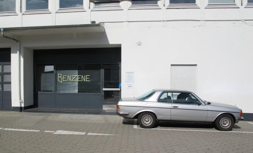 """Benzene mit Benz: Das """"Benzene"""" in der Rentzelstraße"""