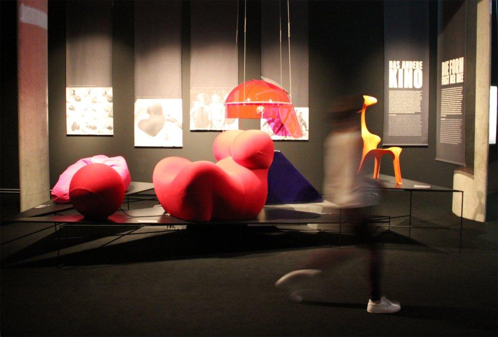 """""""68. Pop und Protest"""" im Museum fürAusstellungsansicht, Foto: Michaela Hille"""