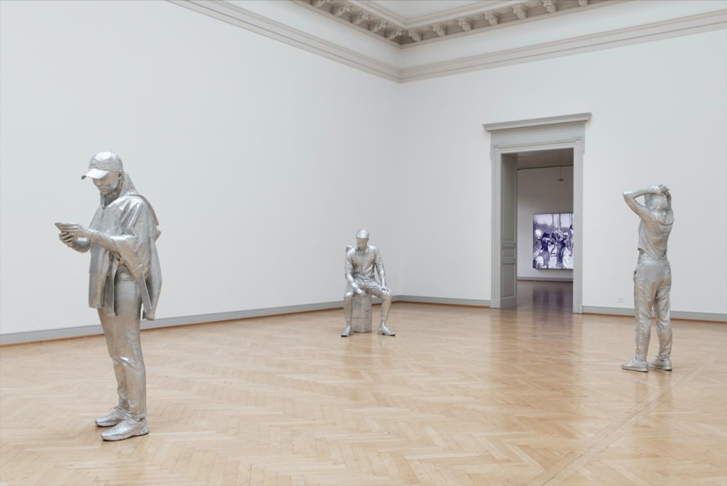 Alex Hanimann, Conversation Piece, 2018-2019 Foto: Sebastian Stadler, Kunstmuseum St. Gallen, Same but different