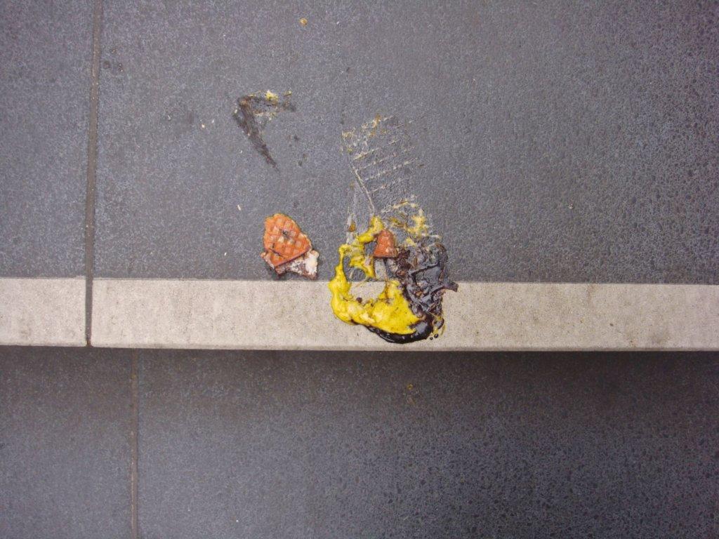 Anna Tautfest: Yellow