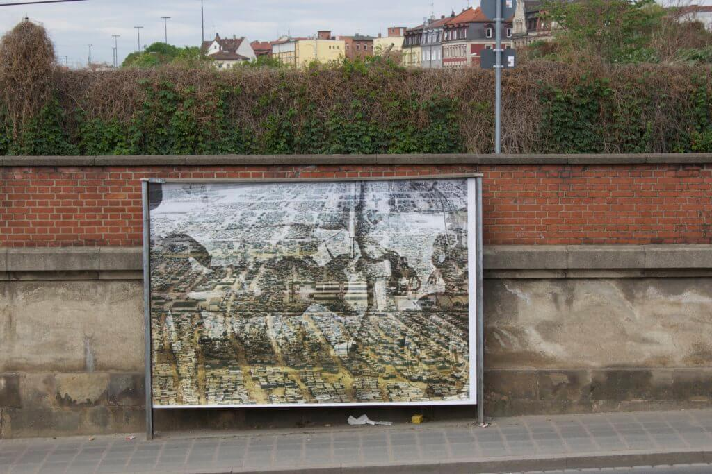 Plakataktion der Künstlerin Katharina Sieverding in Nürnberg