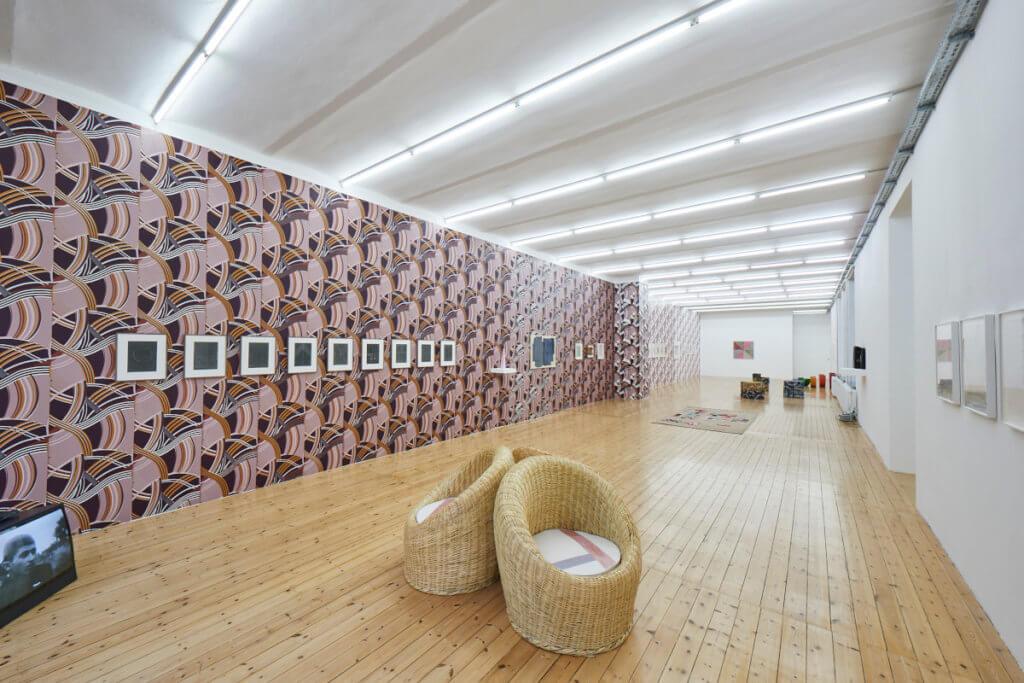 Ansicht der Yto Barrada Ausstellung, Galerie Sfeir-Semler 2020