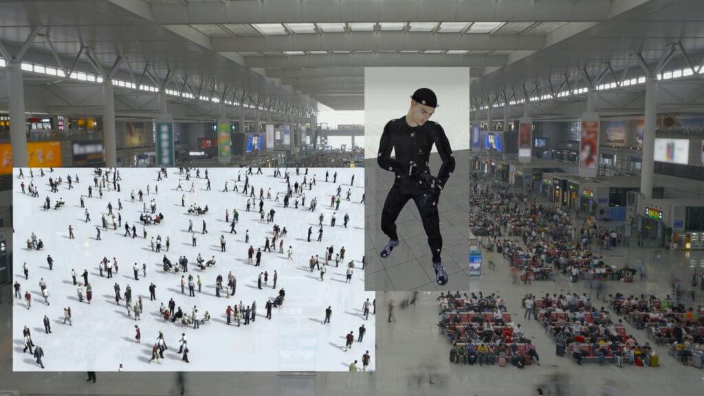 Video von Clemens von Wedemeyer. Zu sehen sind eine Wartehalle, eine menschliche Figur, mehrere Menschen.