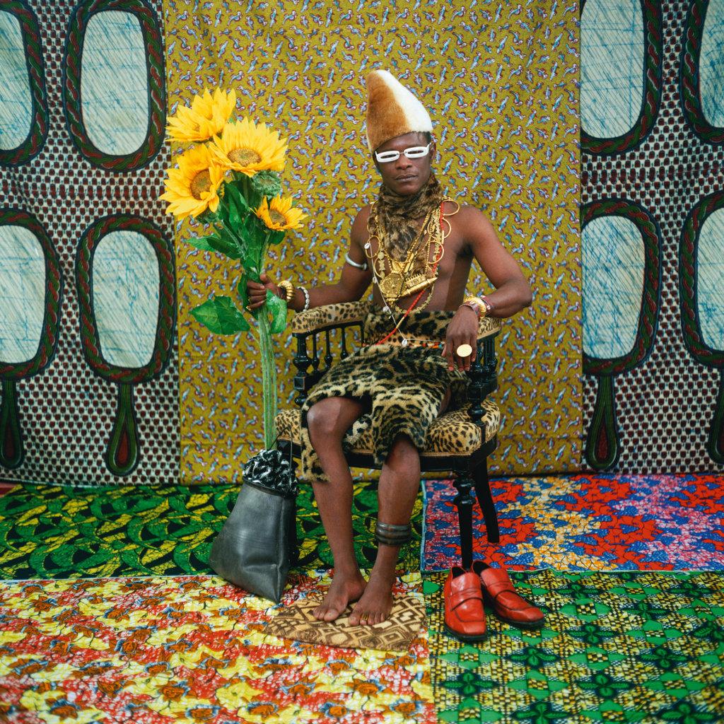 Fotografie des afrikanischen Künstlers Samuel Fosso.