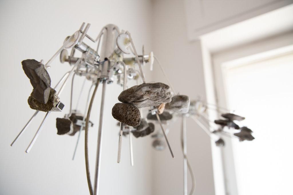Metallobjekt von Anne Duk Hee.