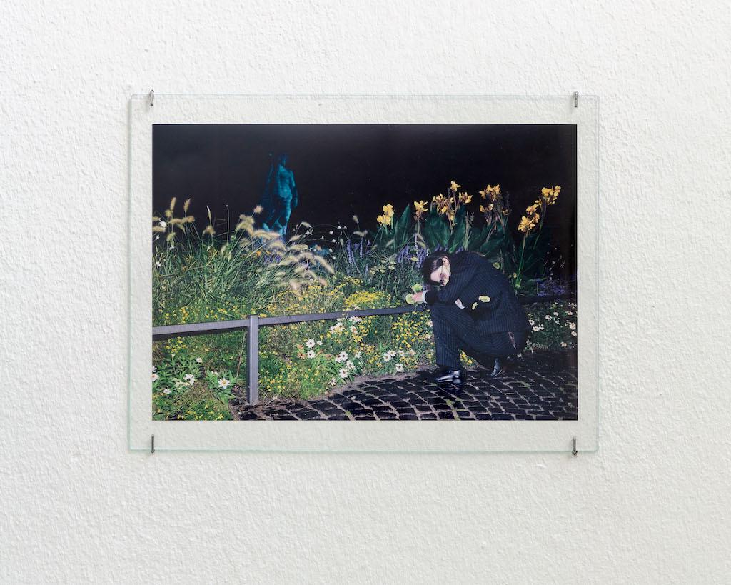 Angharad Williams bei ihrer Performance im Münchner Hofgarten