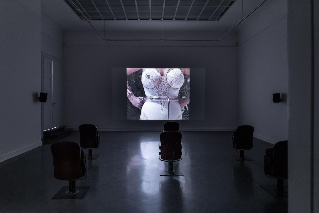 Das Kino mit Filmen von Valie Export in der Kunsthalle Baden-Baden
