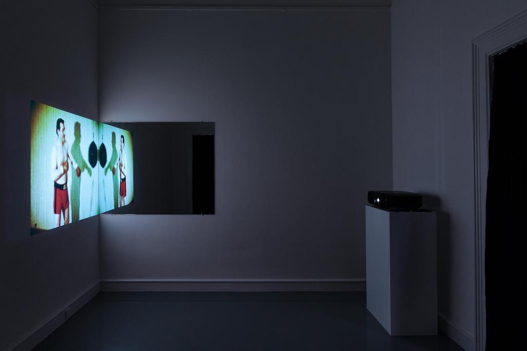 Splitscreen Solipsismus ist eine Expanded Cinema Arbeit von VALIE EXPORT