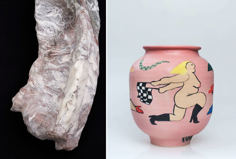 Links eine Arbeit von Yngve Holen, rechts eine rosafarbene Vase mit einer nackten Frau drauf von Zuzana Svatik.