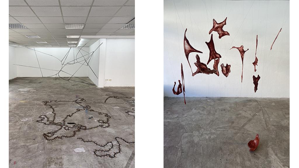 Zu sehen ist eine Ausstellungsansicht von IN FLUX mit Skulpturen vom Maxine Weiss und Ömer Kaplan im Köşk.