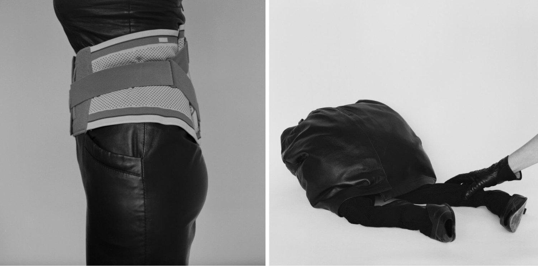 Zwei Schwarz-Weiß-Fotografien, die Ausschnitte eines weiblichen Körpers zeigen, umhüllt von Leder und einer orthopädischen Bandage, recht greift eine Hand vom Bildrand in Richtung des Gesäßes einer Frauengestalt