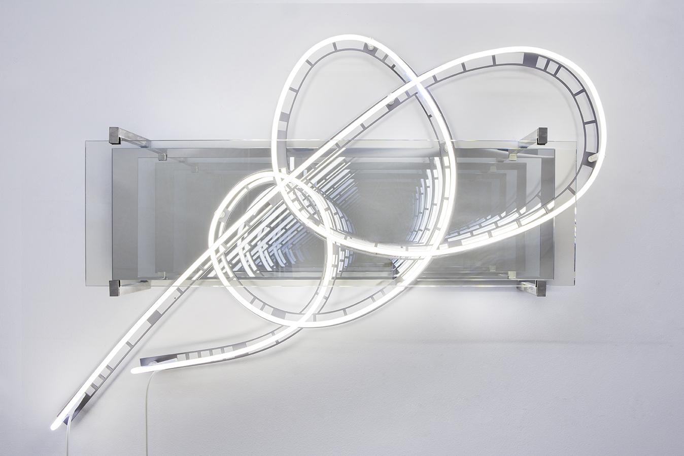 Leuchtröhrenwerk von Brigitte Kowanz