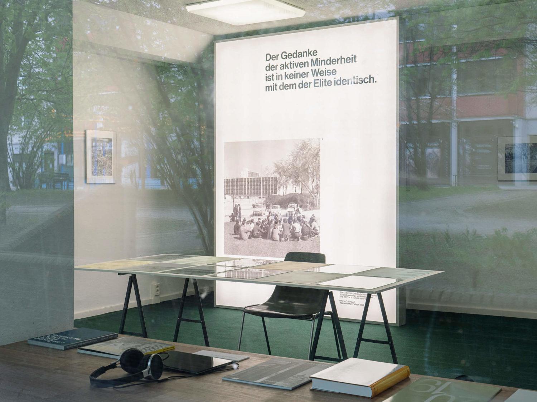 Ausstellungsansicht, Arne Schmitt, station urbaner kulturen, nGbK 2021.