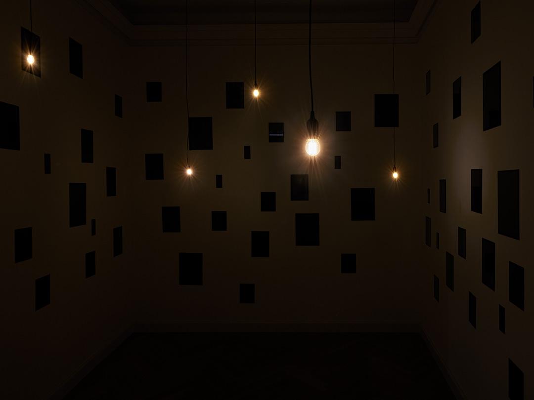 Blick auf die Installation Coeur von Christian Boltanski
