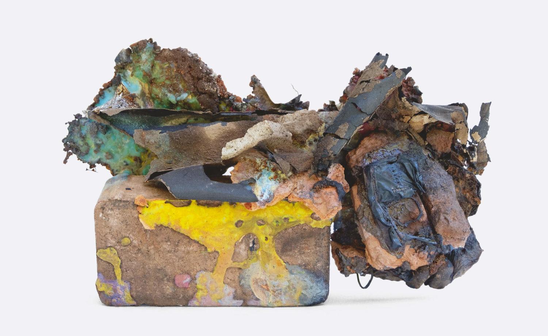 """Das Bild zeigt ein Kunstwerk der Künstlerin Silvia Noronha aus der Serie """"Shifting Geologies"""", 2020-21."""
