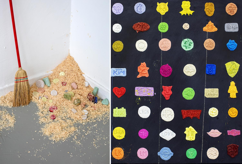 Links: Ein Kinderbesen neben Sägespähnen, darin liegen übergroße Ecstasy-Tabletten aus Keramik. Rechts: 8x6 gemalte Ecstasy-Tabletten auf schwarzem Grund.
