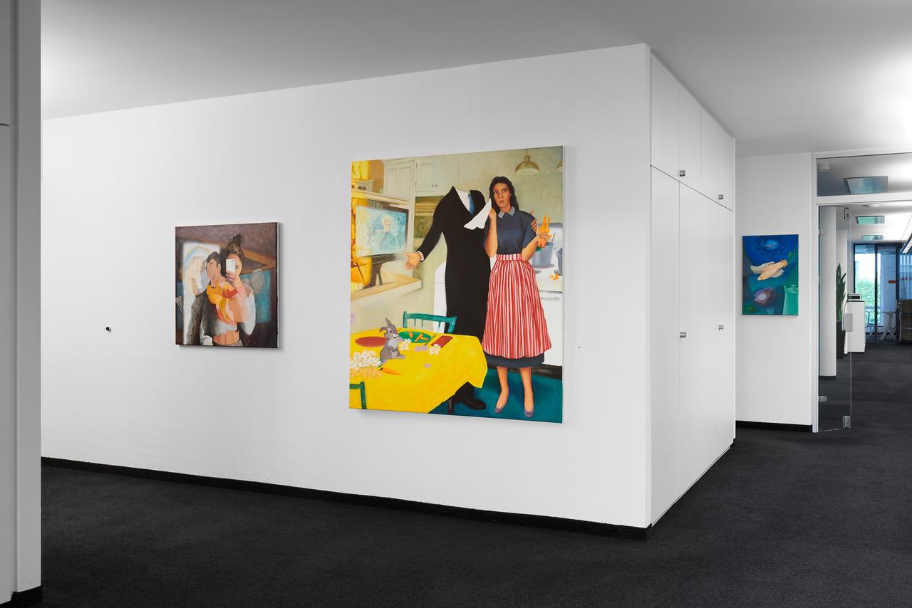 "Blick in die Ausstellung ""ZOHAR FRAIMAN - SHOW ME YOUR SHEROES""."