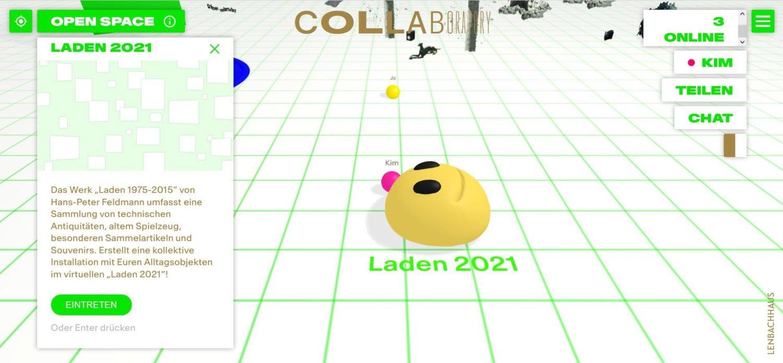 Online-Ansicht vom Collaboratory, man sieht ein weiß-grünes Raster auf dem Boden und in der Mitte einen gelben Smiley, links ist ein Info-Fenster zu sehen