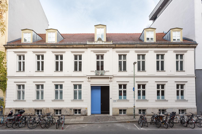 Fassade des KW Institute for Contemporary Art.